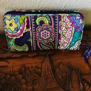 Vera Bradley quilted clutch floral in multi colors